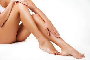 gambe belle e lisce ceretta naturale e delicata