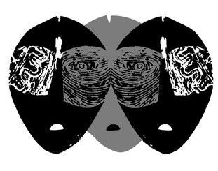 Trois masques, création de Jean-Claude Le Gall en technique mixte sur cristal souple.