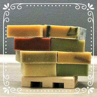Les 8 savons fabriqués par la Savonnerie Beebulle