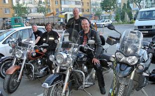 Unsere neuen holländischen Harley-Freunde