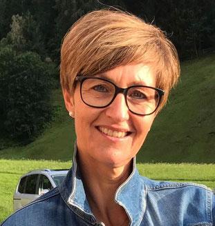 Corina Niggli: Kassierin