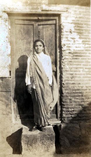 Mani Irani, circa 1930's, possibly Nasik - 1933. Courtesy of the Jessawala Collection - AMB Archives, Meherabad, India.