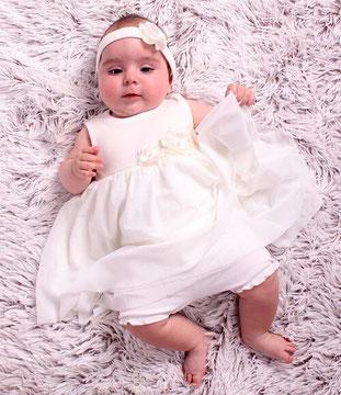Рокля за кръщене на бебе
