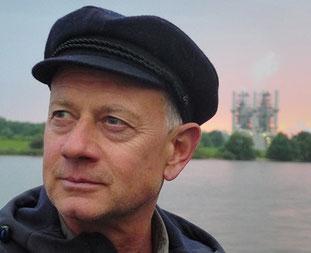 Guide Christian Kaiser on the Elbe River