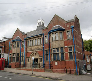 Stirchley Library photographed by User in 2011 on Geograph - reused under Creative Commons licence