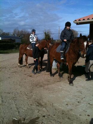 Mes neveux à cheval au haras Lypca.