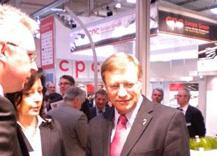 Uta Lewien und Matthias Engel im Gespräch mit Minister Harry Voigstberger