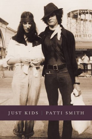 "Copertina del libro ""Just Kids"" di Patti Smith"