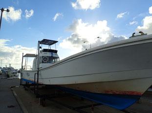 石垣島でのんびりダイビング「ボート上架」ヒートハートクラブ