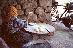 Brotbacken auf kurdisch