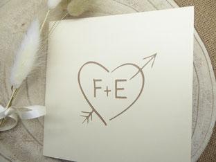 Faire-part mariage pop-up avec vos initiales en couverture