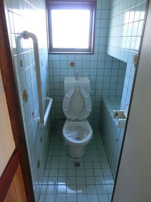 タイル張りトイレ(解体前)