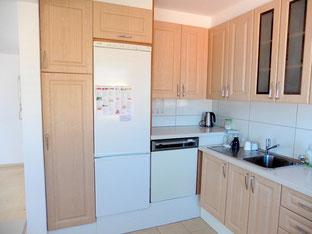 Kühlschrank und Spülmaschine