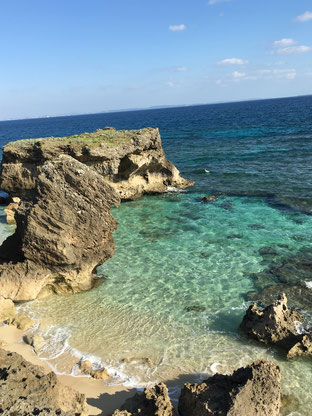 コマカ無人島BBQエリアは透明度の高い海