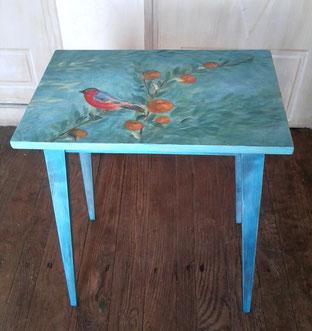 Peinture décorative sur mobilier.