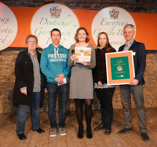 Unser Siegerbuch. Foto: Schloss Dennenlohe