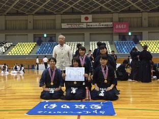 左後ろから西川先生、竹村、志村、岡﨑、富澤、寺園