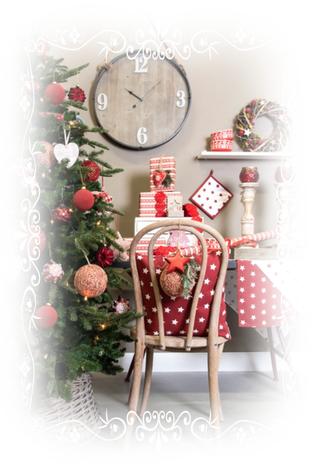 Weihnachten, Christmas, Tannenbaum, Tischdecke, Topflappen, Weihnachtsdekoration, Kranz, Kerzenleuchter, Kerzenhalter, Uhr