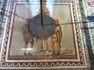 """Dialog? Missachtung! """"Intervention"""" auf römischen Bodenmosaiken"""
