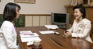 櫻井よしこ氏(右)と細川珠生氏