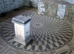 OmoGirando la Villa dei Volusii