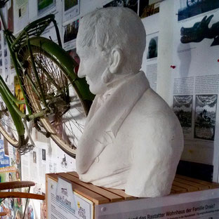 Porträt Freiherr von Drais, Erfinder des Zweirads
