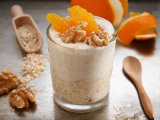 Hafermüsli mit Zimtjoghurt und Orangen