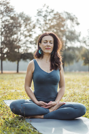 Foto Katja Bienzeisler (500 Stunden Yoga Alliance zertifiziert und von den gesetzlichen Krankenkassen anerkannt)