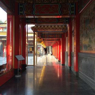 聖天院の廊下です