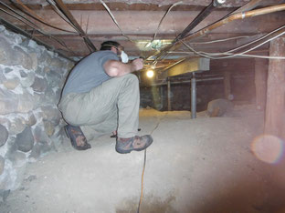 Inspecting a crawlspace Chelsea, MI