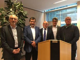 v.l. Dr. Hermann Böhm aus Duisburg, der zum 10. Mal als Referent teilnahm, Dr. Wolfgang Hön-le, Prof. Dr. Alexander Schuh, Dr. Rüdiger Schmiedl, Dr. Thomas Schmickal