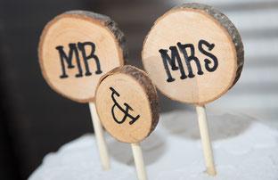 Dekoration für die Hochzeitstorte