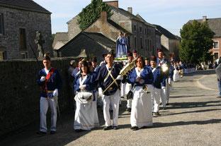 Année 2011 - Sortie de messe