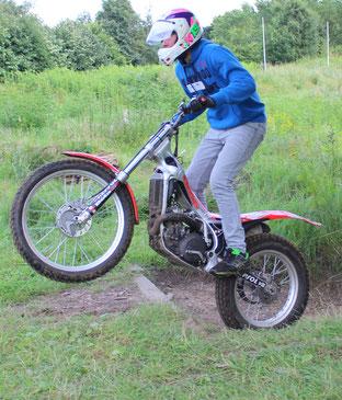 Mit echten Motorrädern ins Gelände-wie cool ist das denn?