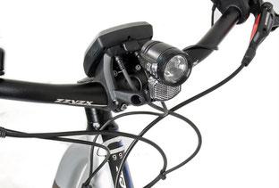 Hohe Lampe für bessere Sichtbarkeit
