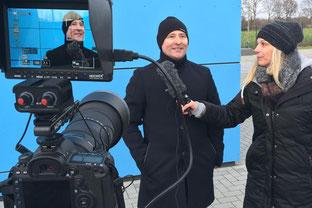 Steven Böttcher im Interview mit SFB TV (Foto: Deutzmann/Archiv)