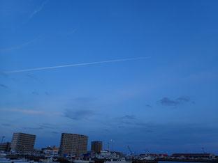 石垣島で初心者ダイビング「飛行機雲」