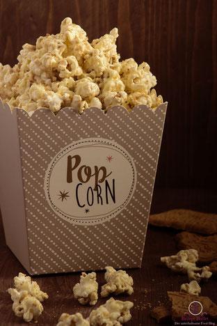 Der Kinoklassiker Popcorn neu kombiniert mit weißer Schokolade und Spekulatius