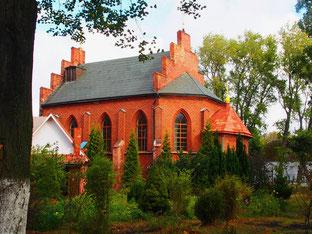 die neurenovierten orthodoxen Kirchen waren überall gut besucht