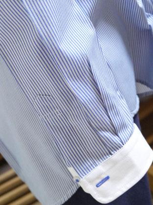 キレイに仕上げたワイシャツの袖口
