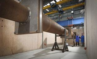 In der Druckkammer des TWI können Bauteile in voller Größe Berstproben unter hohem Druck von innen oder außen in Verbindung mit Axial- oder Biegebelastung unterzogen werden.