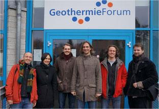 Die Arbeitsgruppe des Verbundvorhabens Sandsteinfazies im Jahr 2011 vor dem GTN-Gebäude in Neubrandenburg.
