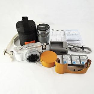 オリンパス ミラーレス一眼カメラ PEN E-PL9 EZ ダブルズームキット