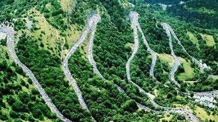 6éme jour .La montée de l'Alpes d'Huez en extra avant de rejoindre Grenoble et un retour bien mérité sur QUIMPER