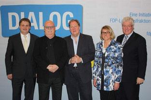 Ralf Witzel MdL, Christian Stratmann, Prof. Dieter Gorny, Ingola Schmitz MdL und Prof. Dr. Oliver Scheytt m Dialog über Entwicklungsperspektiven der Kreativwirtschaft (v.l.n.r.)