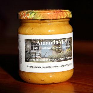 pot d'amandomiel de miel et goûter d'antan Pays Mellois