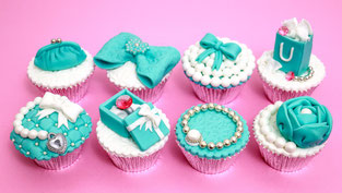 tiffany cupcakes,cupcakes,fashion cupcakes,stunning cupcakes,cupcakes decoration,