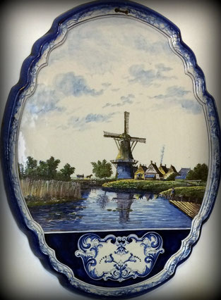 Ceramic painting with Dutch scene
