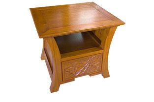 マホガニーランプテーブル