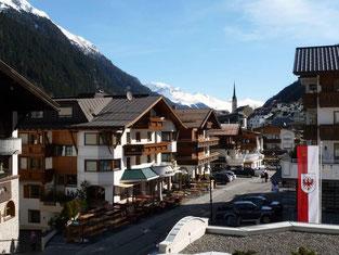 Ischgl ist bekannt für sein Après-Ski